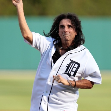 Alice-Cooper-had-the-honor-of-throwing-out-the-ceremonial-first-pitch-before-the-Detroit-Tigers-took-on-the-visiting-Los-Angeles-Angels