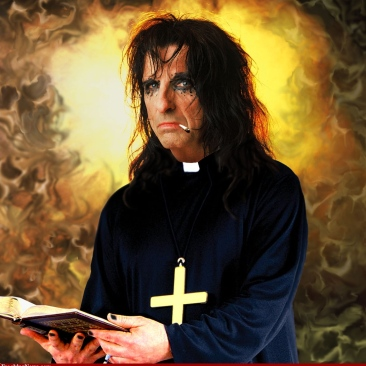 Priest-Alice-Cooper-37086