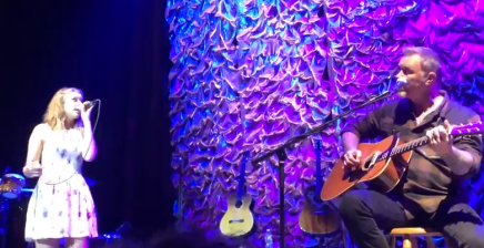 James Hetfield fait une chanson avec safille