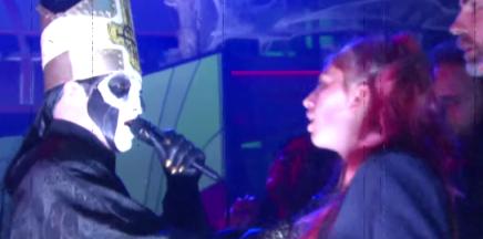 La performance de GHOST au Late Show de StephenColbert