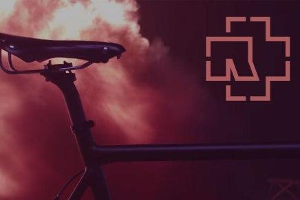 Un vélo RAMMSTEIN éditionlimitée