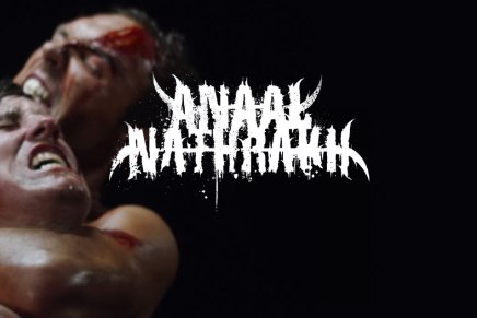 ANAAL NATHRAKH vient de sortir le clip del'année