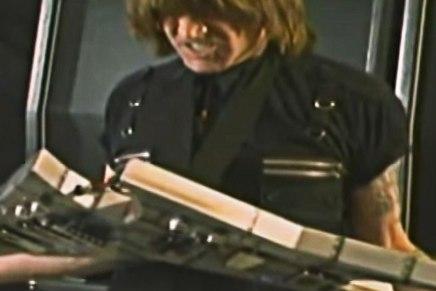 Michael Angelo Batio est le guitariste le plus drôle aumonde