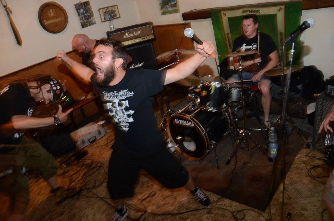 growls grindcore