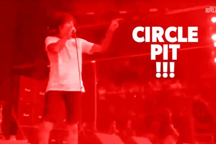 LE PLUS GROS CIRCLE PIT EVER!